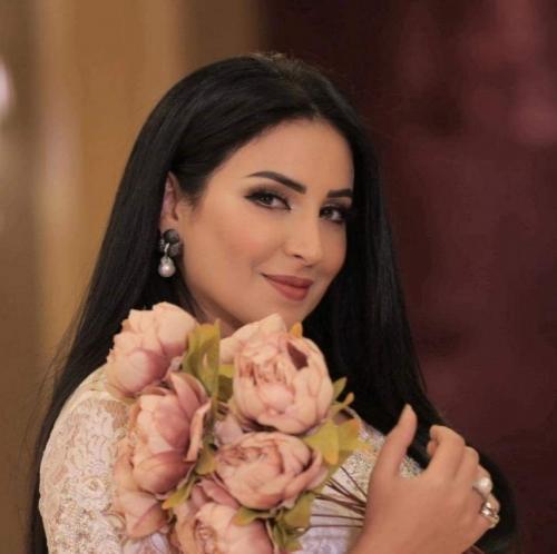 نجاح المساعيد: رفضت زوجي بسبب فارق العمر.. لكنه أصرّ وأقنعني (فيديو)