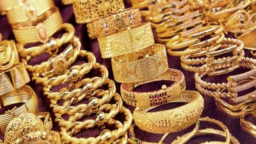 الذهب يرتفع مع سعي المستثمرين لأصول أكثر أماناً