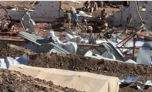 كيف نجا مهران القباطي من الضربة الصاروخية الحوثية على معسكره في مارب .. فيديو