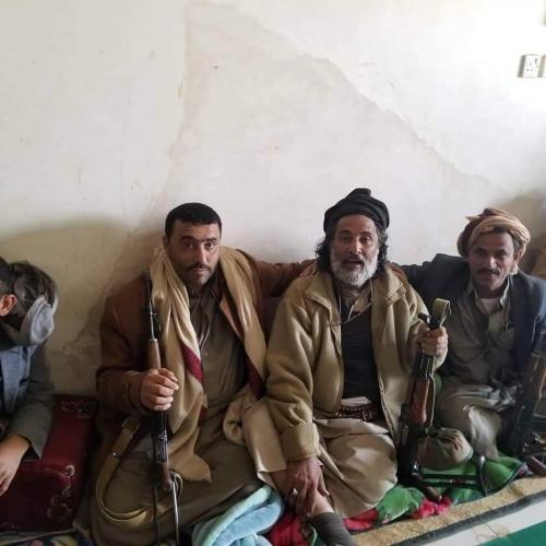 هكذا بررت السلطات اللقاء الذي جمع محافظ الجوف العكيمي بالقيادي الحوثي يحيى النمس بالتزامن مع هجوم الحوثي على الجوف ومارب