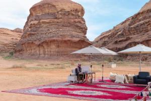 صور جديدة للامير محمد بن سلمان من قلب الصحراء تثير اهتمام السعوديين