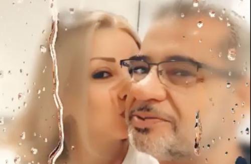 شاهد زوجة مصطفى الاغا تقبله على الهواء مباشرة