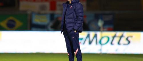 مورينيو يكيل المديح لبيل.. ويبقي لاعبه في المنزل قبل موقعة ليفربول.