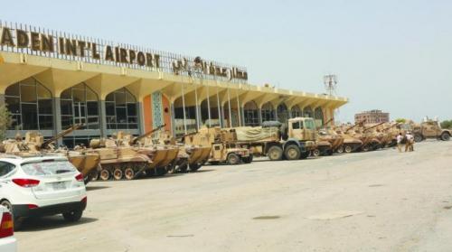 مدير مطار عدن الدولي يروي بالتفصيل إستهداف الجبواني ومحاولاته لإبعاده عن منصبه