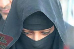 أجمل فتاة يمنية حسناء مشهورة تظهر بملابس مثيرة للغاية تبين من خلالها مفاتن جسمها وتفجر موجة غضب في مواقع التواصل.. (صور + فيديو)