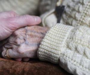 هل تعاني ألزهايمر؟.. 10 أعراض تحدد الإجابة