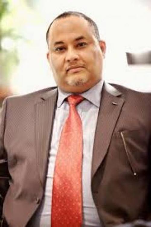 إقالة مدير مكتب رئيس الوزراء معين عبدالملك... اليك الحقيقة