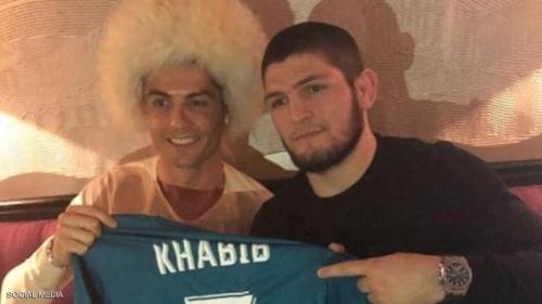 حبيب نور محمدوف يعترف: تواصلت مع رونالدو لأصبح لاعب كرة قدم