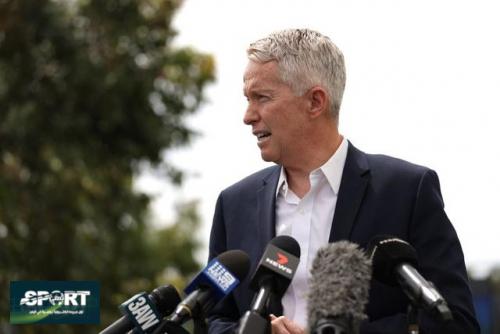 نجوم أستراليا يدعمون قرار عودة الجمهور لمباريات البطولة