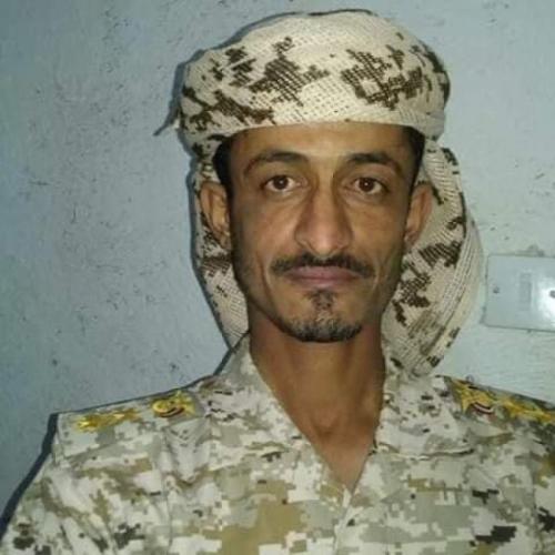 شاهد.. المرقشي من ابين يقود تقدم الشرعية على الحوثيين في جبهة الكسارة بمأرب