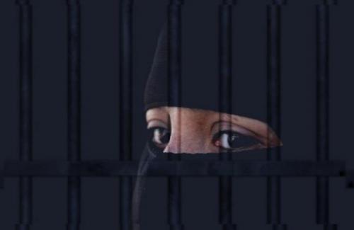 قمة العار : قيادات حوثية ترسل نساء سجينات صغيرات الى حيث يقيم خبراء إيران في صنعاء وصعدة والحديدة