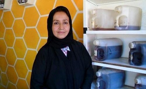 (أفراح) اليمنية الحسناء التي هربت من الحرب لتصبح سيدة اعمال