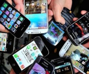 خبراء يحذرون من شراء هواتف ذكية مستعملة