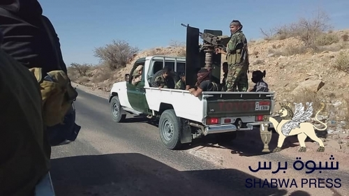 الرئيس هادي يشن حرب سياسية وإعلامية على الضالع ويمهد الطريق للحوثيين لاحتلالها