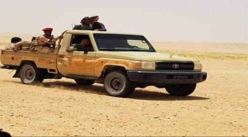 قائد كبير في حماية الرئيس هادي يظهر في مارب قرب معسكر اللبنات .. من هو ماذا قال ؟!