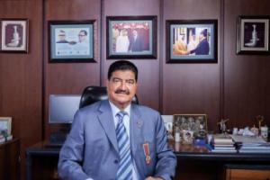 رجل أعمال هندي ينهب 6.6 مليارات دولار من بنوك الإمارات ويعرضها للإفلاس.. ما القصة؟