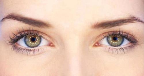 احذر.. عادة يومية تؤدي لسرطان العين