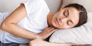 للشباب عدد محدد من ساعات النوم..فهل تعرفونها؟