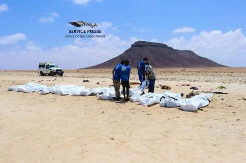 فاجعة مؤلمة ..   وفاة 50 مواطن يمني غرقا في خليجي عدن وهم في طريقهم الى جيبوتي