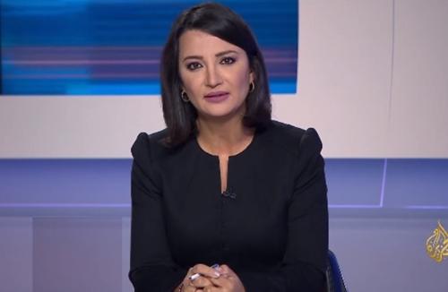 مذيعة الجزيرة ''غادة عويس'' : لن أنسى هذا الموقف لـ''عمر البشير'' .. شاهد ماذا فعل؟ (فيديو)