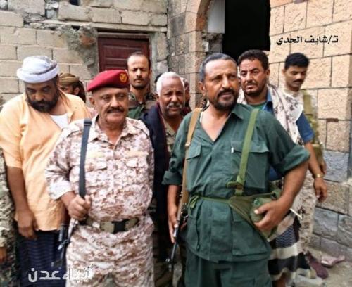 شاهد .. قائدا المنطقة العسكرية الرابعة ومحور الضالع في شرطة قعطبة