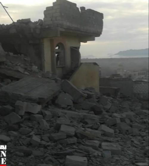 الحوثي يفجر منزل شيخ احبه الرئيس السابق لليمن