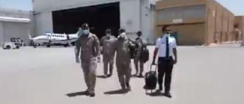 """طائرة إخلاء طبي سعودية إلى حضرموت لنقل توأم سيامي """" فيديو"""""""