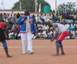 """""""المصارعة السودانية"""" تلتمس طريق العالمية عبر جبال كردفان"""