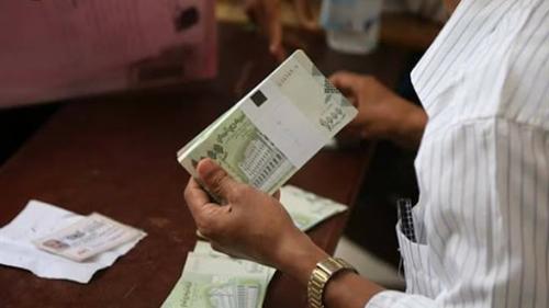 وصول أموال مطبوعة في روسيا الى المكلا وأخرى في طريقها الى عدن