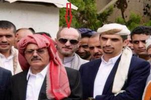 الحارس الشخصي علي عبدالله صالح ينشر اول صورة له بعد حادث تفجير دار الرئاسة