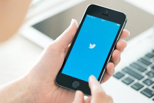 آلية توثيق حساب تويتر