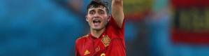 يورو 2020| نجم برشلونة يكشف رد فعل ميسي على مشاركته التاريخية مع إسبانيا