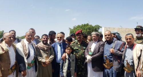 من هو القائد العسكري الذي انشق عن قوات طارق صالح واعلن انضمامه للحوثيين