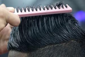 مادة طبيعية تعالج تساقط الشعر وتزيد نموه