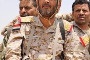 من هو القائد العسكري الكبير الذي أقاله صغير بن عزيز؟ ولماذا؟