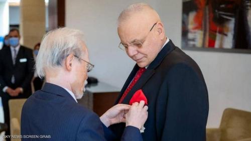 مصري يحصل على أعلى وسام من إمبراطور اليابان.. ماذا فعل؟