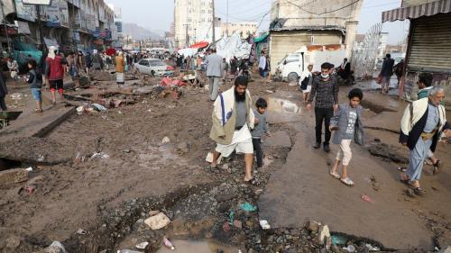 فيضانات تضرب اليمن.. مقتل 14 شخصاً بـ24 ساعة