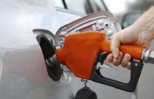 هل القيادة ببطء توفر معدل استهلاك الوقود؟