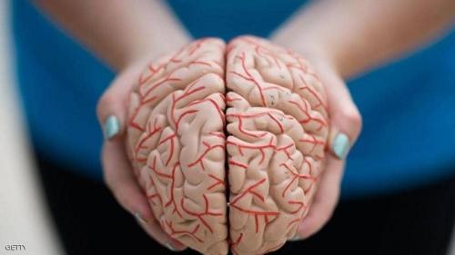 """عامل صحي """"واحد"""" يزيد شيخوخة الدماغ 10 سنوات"""