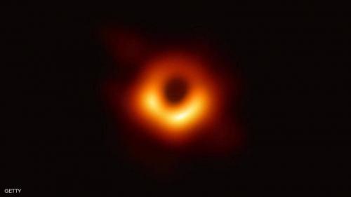 """علماء يكتشفون ثقبا أسود """"عملاقا"""""""