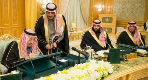 توارث الحكم في السعودية لا يأتي إلا بأساليب غير قانونية ومشبوهة