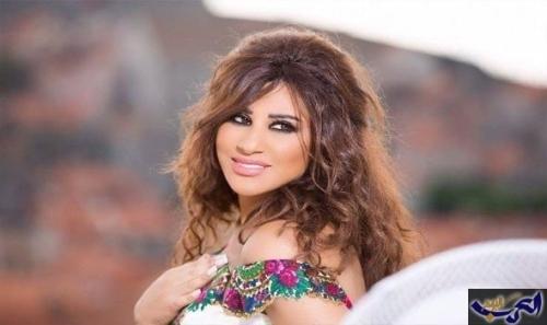 """نجوى كرم تغني """"ملعون أبو العشق"""" 4 مرات في ختام مهرجان الفحيص"""