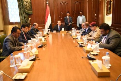 رئيس الجمهورية يترأس اجتماعاً إستثنائياً لقيادات الدولة