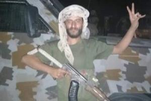 """محلل سياسي يكشف سر انهيار قوات هادي خلال ساعات ولماذا تمكن الانتقالي من السيطرة الكاملة في نصف يوم؟ """"تفاصيل مفاجئة"""""""