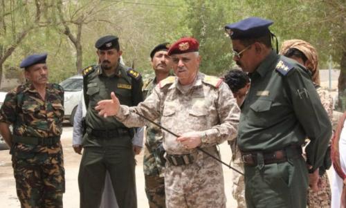 اللواء طيمس يغادر حضرموت الى الرياض بطائرة سعودية خاصة