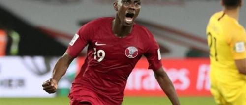 """المعز علي """"تاريخي"""" مع قطر.. ماذا قدم هداف الكأس الذهبية؟"""
