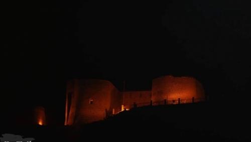 مجهولون يسرقون قلعة صيرة بعدن