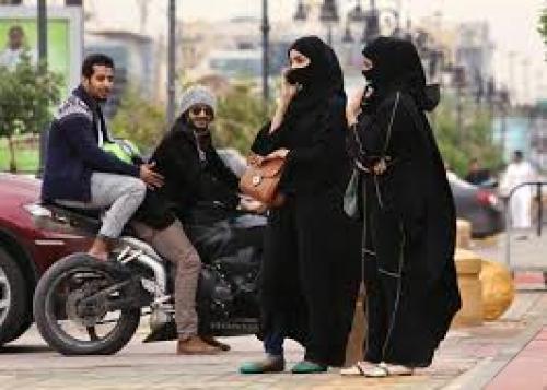 القبض على 3 متحرشين جنسيا في السعودية.. تعرّف على العقوبات التي تنتظرهم