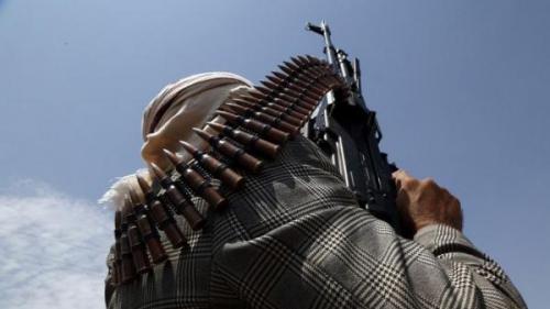 مليشيا الحوثي تخير ضباط الداخلية بين الاعتقال أو التوجه لجبهات القتال