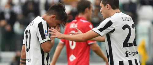 ديبالا يغادر مباراة سامبدوريا وهو يبكي ..